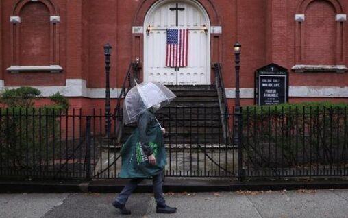 胡新民:从《疫情中的纽约人》看美国的民主